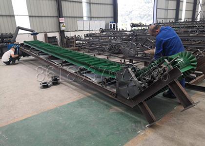 the fertilizer conveyor being made