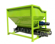 Loader Type Fertilizer Feeder