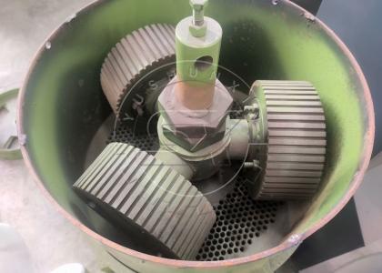 Pelletizing Mold inner the Flat Die Granulator